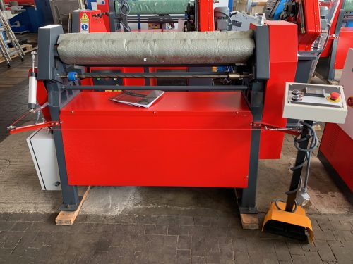 AK-BEND AS 90-10/3,0 – 3-rollen Plaatbuigmachine