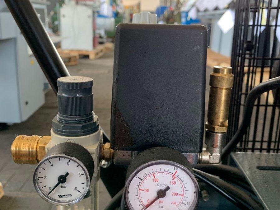 SCHNEIDER UNM 510-10-90 D - Kolbenkompressor