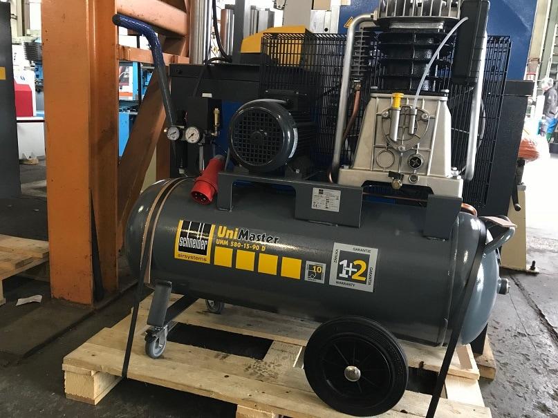 SCHNEIDER UNM 580-15-90 D - Kolbenkompressor