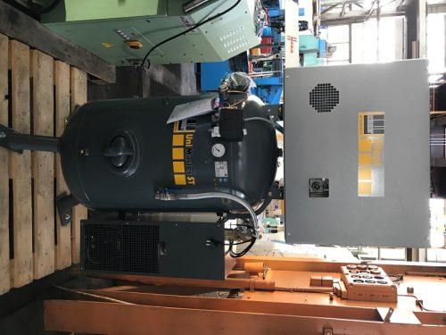 SCHNEIDER UNM STS 660-10-270 XSDK – Stempelkompressor